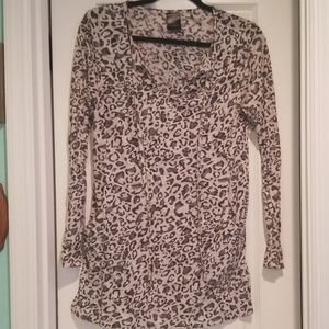 L/S tunic style Leopard print shirt with pockets